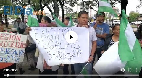 Municipios-protestan-exigiendo-regalias-a-la-Gobernacion-crucena