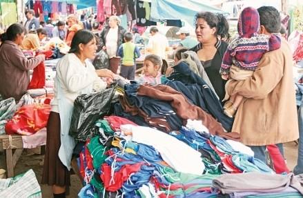 Comerciantes-de-ropa-usada-advierten-con-radicalizar-sus-medidas-de-presion