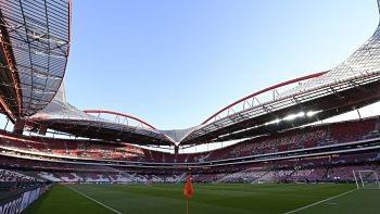 En-Portugal-proponen-un-autocine-para-ver-futbol