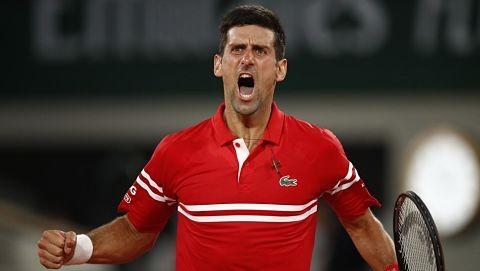 Djokovic-remonta-a-Tsitsipas-y-conquista-su-segundo-Roland-Garros