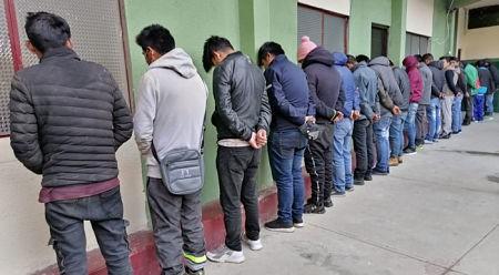 Arrestan-a-30-personas-en-operativo-contra-la-delincuencia-en-El-Alto