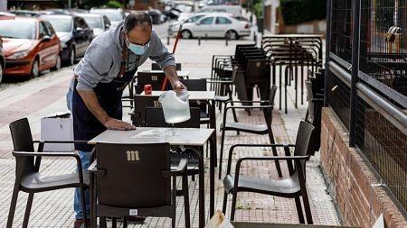 Espana-registra-la-mayor-caida-del-paro-de-su-historia-con-197.841-desempleados-menos-en-julio