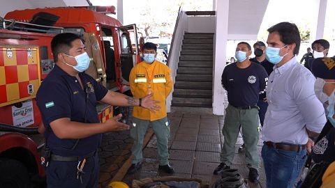 Concejal-evidencia-precarias-condiciones-de-los-bomberos-municipales