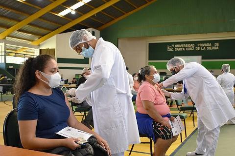 Santa-Cruz-supera-el-millon-de-vacunados-con-al-menos-una-dosis